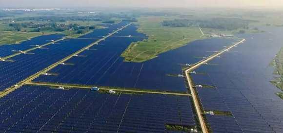 产品案例| 太阳能发电中国跃居第一 AI控制系统全程助力